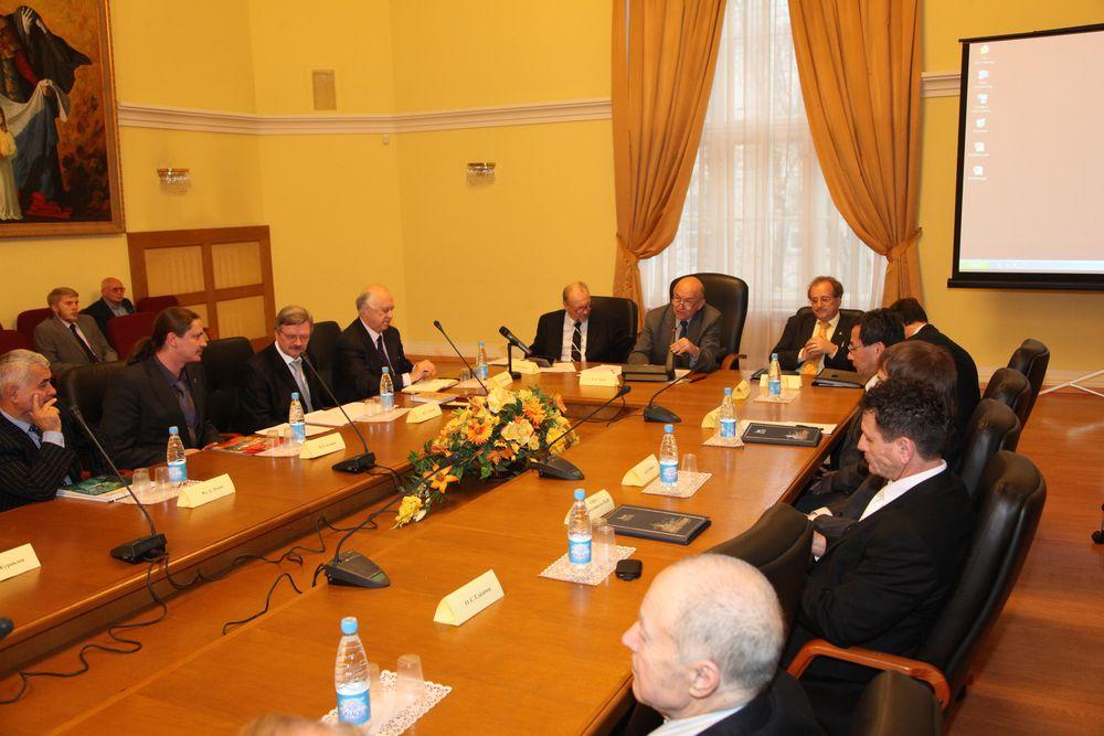 Организационное собрание членов Русского отделения Международной академии наук, Москва, Московский гуманитарный университет, 2011 год