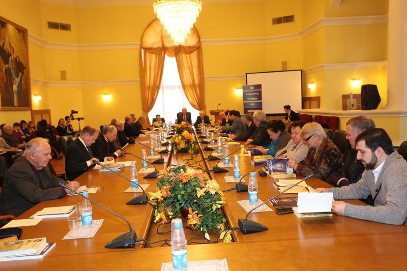 27-е заседание Русского интеллектуального клуба на тему «Комсомол: мифы и реальность»