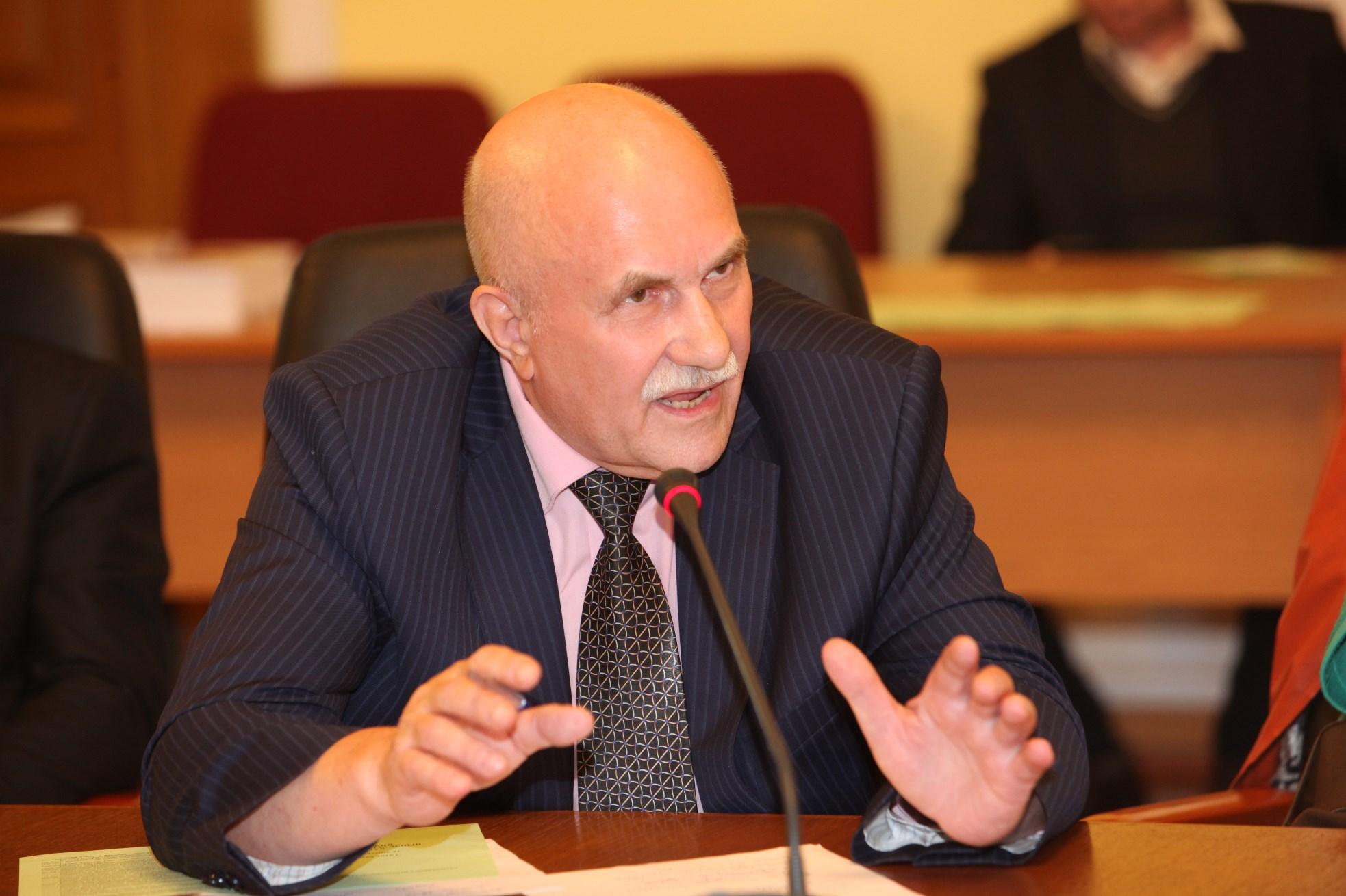 Петр Федорович Алёшкин